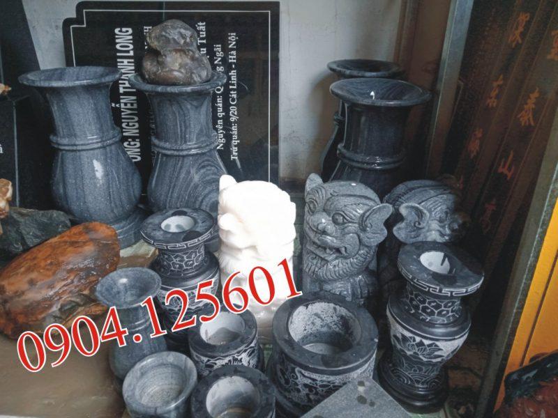 Giá bát hương đá cỡ lớn đặt trong đình chùa, lăng mộ tổ.